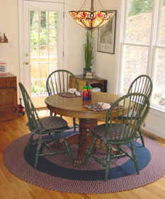 Kathy's Braided Rugs - Image of Table in Kitchen with Braided Rug