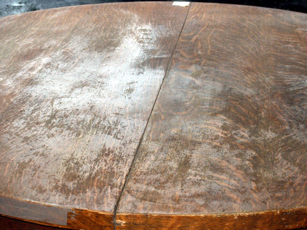 ... Golden Oak   Quarter Sawn Oak Table Before Restoration Top Closeup
