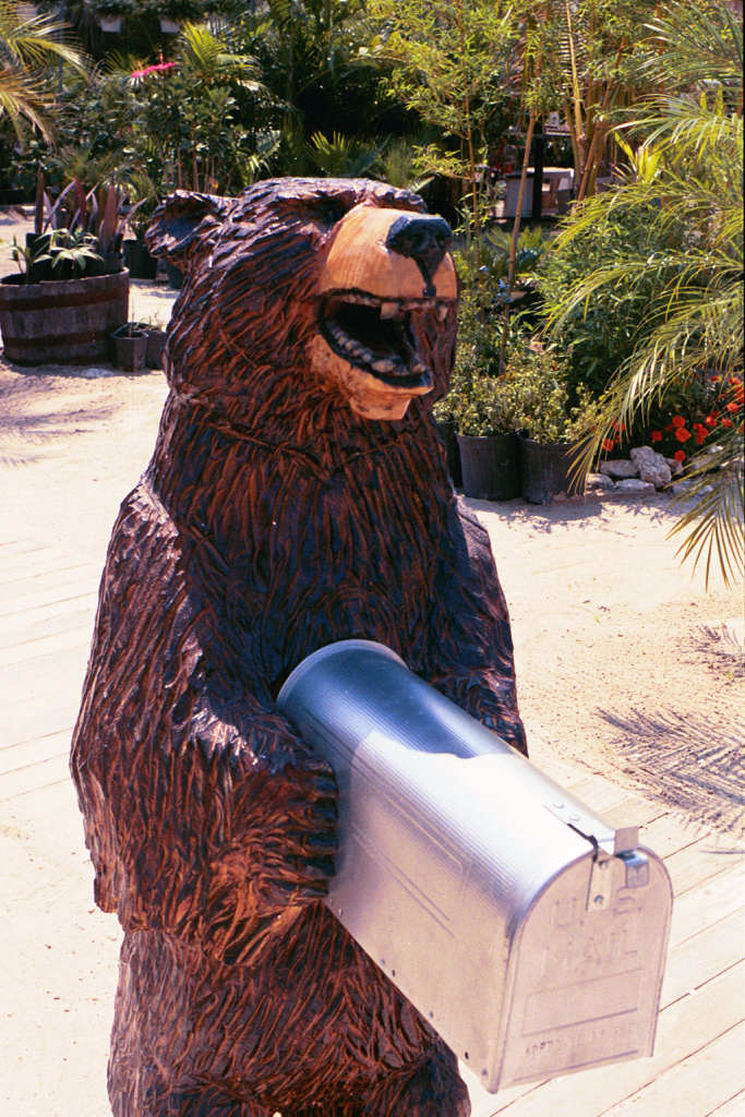 Artisans Of The Valley Custom Chainsaw Carvings By Bob Eigenrach Feature Page Custom Mailbox S
